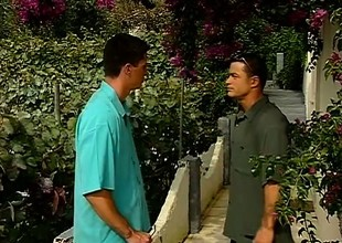 Two dudes meet up and take a walk back to a place to have sex