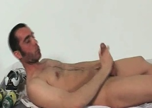 Hunki Edu Marin arrhythmic his penis