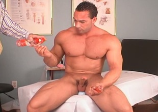 Solo bodybuilder adult sex toy test subject