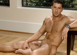 Cody Cummings in The Italian Stallion pleased himself  XXX Video