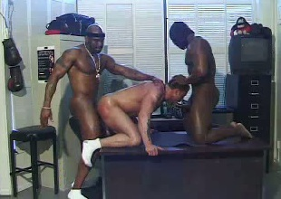 Interracial gays threesome