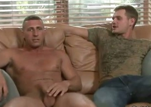 Straight guy seduced to unconcerned experience