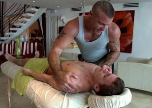 Hot massage session be useful to fashionable gay stud