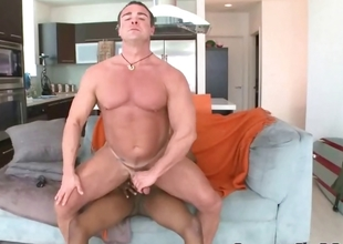 Homodaddy Body Builder Doing Cock
