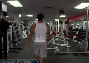 Gym twink gives head after skipping his workout