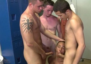 Cock Virgins College Locker Room Blow Fest