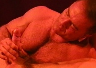 Muscle bear kissing and blowjob warm nigh for CBT session