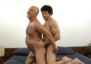 Muscled blissful stud leo giamani fucking jake cruise bareback in old ass