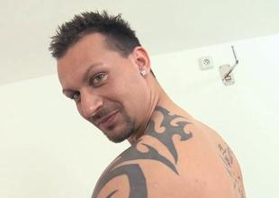 Athletic gay blade is giving board an wazoo banging