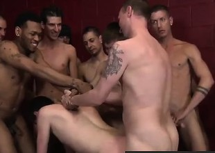 Well-pleased jocks Gorgeous guys enjoy Sean Dean!