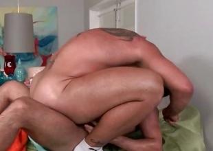 Rubgay Muscule Anal Rub down