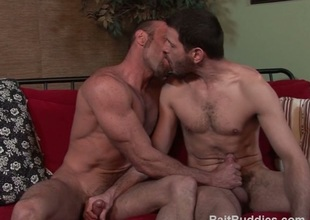 Dudes kissing & jerking