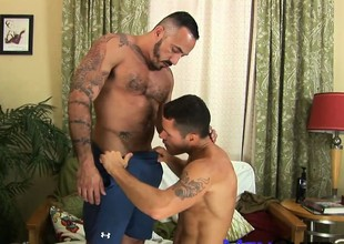 Valentin's Swain Ass-acre between tattooed fuck machine and friend