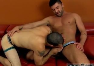 Video porno emo coition Dominic is eager to deception draped together with uncut versatile