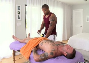 Mu Tai massage leads on every side a hot joyous blowjob for this lucky guy