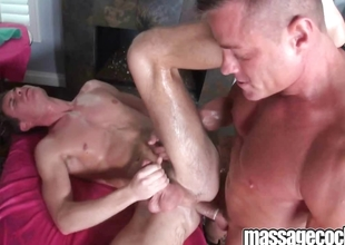 Blithe dude gets an oily massage hale fucked close to his slippery ass