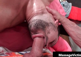 Lucky dude gets amazing uncaring massage