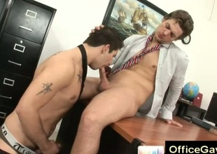 Secret anal gay fuck at the office