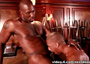 Nubius & King B forth Tend My Bar XXX Dusting