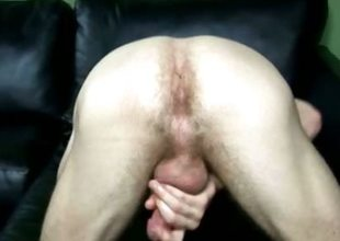 College Dudes - Ben Moore busts a nut