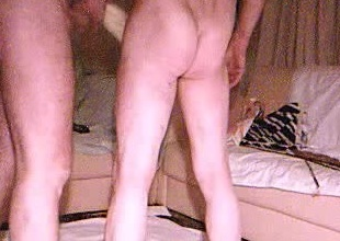 spanking ass en ID