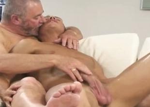 Chubby John Jerking Off His Sexy Admirer Chris